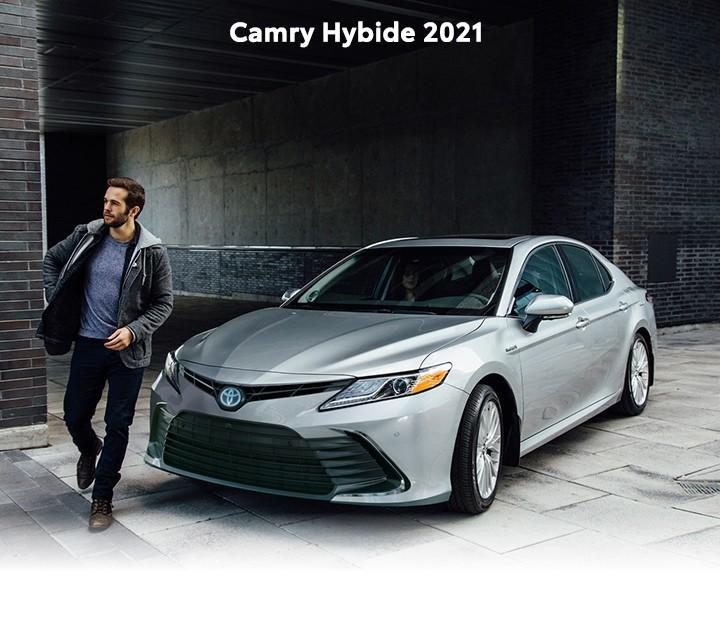 St-Hubert Toyota Camry Hybride 2021